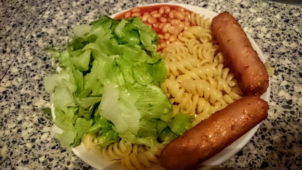 pasta-with-vegetarian-sausages