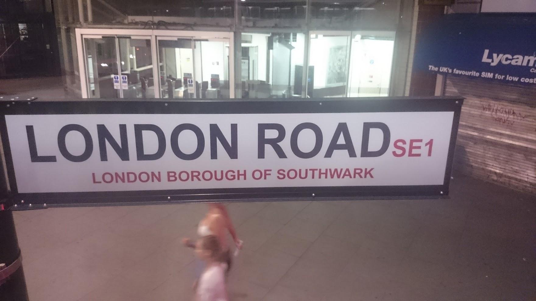 london-road-sign